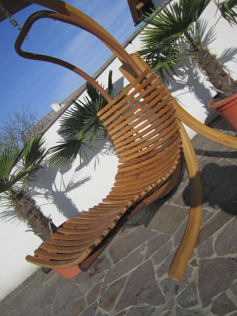 design schwebeliege h ngeliege h ngesessel aus holz l rche. Black Bedroom Furniture Sets. Home Design Ideas